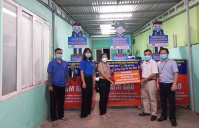 Bàn giao 3 máy ATM gạo cho TP.Biên Hòa phục vụ chính sách an sinh cho người dân