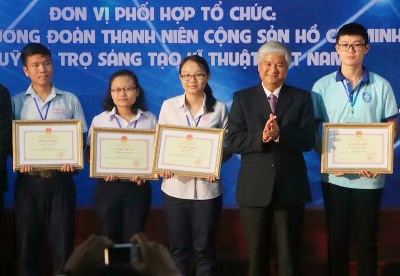 Dong Nai won the two first prizes at the  National High School Student Science and Technology Competition 2017